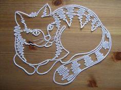 Crochet Girls, Knit Crochet, Bruges Lace, Bobbin Lace Patterns, Lace Heart, Point Lace, Unique Crochet, Lace Jewelry, Crochet Patterns Amigurumi