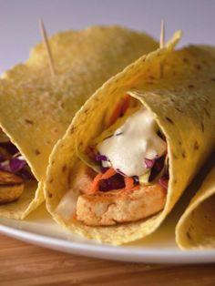 How To Make Taco Recipe : Tacos de tofu, salada de repolho e molho de caju e limão // Tofu coleslaw tacos with lemon cashew sauce