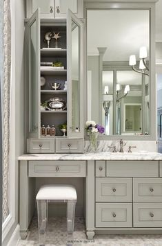 Sophisticated bathroom features gray vanity cabinets paired with a statuary marble countertop. Source by bathroomj The post Sophisticated bathroom features gray vanity cabinets paired with a statuary marb& appeared first on Mahdi DIY. Bad Inspiration, Bathroom Inspiration, Dressing Design, Ideas Baños, Decor Ideas, Theme Ideas, Grey Baths, Master Bath Remodel, Remodel Bathroom