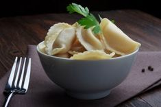 Ungarische Pierogi Soup, Pudding, Ethnic Recipes, Desserts, Pierogi Recipe, Hungarian Cuisine, Croatian Recipes, Eat Lunch, Food Portions