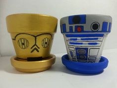 & Star Wars Hand Painted Flower Pots by Nikikicole Star Wars Baby, Girls Star Wars Party, Star Wars Birthday, Star Wars Decor, Theme Star Wars, Painted Plant Pots, Painted Flower Pots, Star Wars Lampe, Unique Birthday Party Ideas