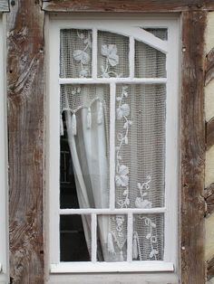 Shabby chic old window with handmade lace curtains. Cottage Windows, Windows And Doors, Exterior Windows, Window Coverings, Window Treatments, Decoration Shabby, Ivy House, Lace Curtains, Crochet Curtains