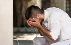 5 things that break your wudu (ablution) and 4 things that don't.