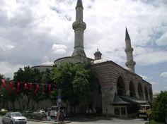 Old mosque-Great mosque-Cami-i Atik-Ulu Camii-Eski Camii-Constructive: Ottoman Prince Süleyman Çelebi-Built year: 1443&1444-Architect: Konyalı Haji Alaaddin- (He was damaged in the fire in 1748) (Damaged in 1752 earthquake) Repair: Ottoman I. Mahmut-Repair year: 1754-Restore: Vakıflar-Restore year: 1924&1934-Edirne