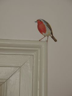 Mural ideas - throughout the house, our favourite birds, dotted here and there Home And Deco, Home Projects, Sweet Home, Home And Garden, Room Decor, Tv Decor, House Design, Design Room, House Styles