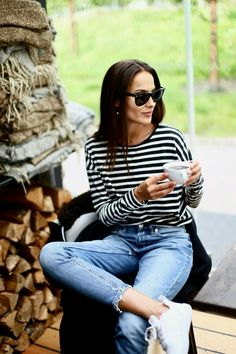 By Didem | Casual summer style | Black and white striped long sleeved shirt and light blue skinny jeans