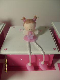 http://estrellavani.blogspot.com.uy/2012/02/algunos-souvenirs-para-nenas.html