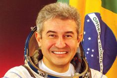 (BRA - 2014 - 60 min) Documentário do 8º Aniversário da Missão Centenário, Imagens inéditas do Astronauta Marcos Pontes no Espaço, e no Aeroclube de Bauru.