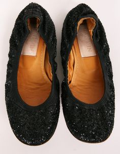 Sell what's in your closet today to buy what you want to wear tomorrow. Cute Shoes, Me Too Shoes, Shoe Room, Colorful Shoes, Shoes Heels Boots, Flat Shoes, Spring Shoes, Beautiful Shoes, Lanvin
