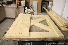 DIY barn door can be your best option when considering cheap materials for setting up a sliding barn door. DIY barn door requires a DIY barn door hardware and a Shed Landscaping, Landscaping Design, Barn Door Designs, Shed Doors, Closet Doors, Pantry Doors, Building A Shed, Building Ideas, Building A Barn Door