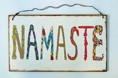 Türschild Namaste von Un-Art-Tick via dawanda.com