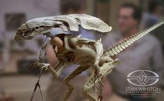 ALIENS Alien Queen puppet comes to life | Stan Winston School of Character Arts
