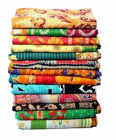 Vintage Cotton Kantha Quilt Handmade Bedding Throw Kantha Bedsheet Reversible Ralli Recycled Old Cotton Floral Kantha Blanket 03