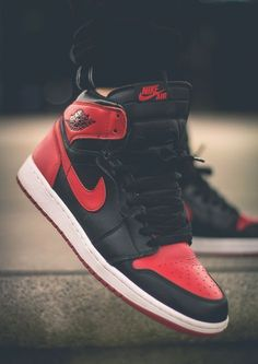snakerest Nike Air Jordan 1 Retro. Check out a 19 point step-by 4af40e72acfea