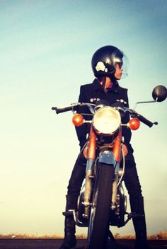 lets go en moto My Jeans, Road Trips, My Best Friend, Health And Beauty, Favorite Things, Cute Animals, Bike, Let It Be, Superhero