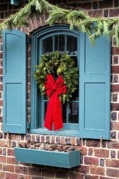 Holiday Window by roni chastain on 500px