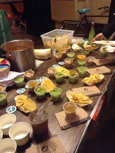 Soirée Deliveroo avec Taco Memo à Lille : ici du et des Burritos, Restaurants, Nachos, Guacamole, Veggies, Vegetarian Dish, Fashion Styles, Breakfast Burritos, Vegetable Recipes