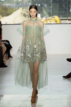 Fashion Show: Платья из коллекции Delpozo Spring Summer 2015