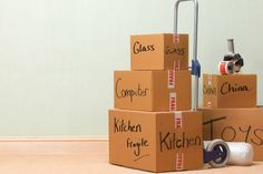 You are going to move to new apartment but it seems that everything is confusing. It's time to need a moving house checklist for everything from 2 months before moving. Moving House Checklist, House Moving Service, Long Distance Movers, Moving Supplies, House Movers, Packing To Move, Task To Do, Long Beach Island, Moving Services
