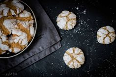 Butter-Zimt Busserl - köstliche Weihnachtsplätzchen mit Diamant Zucker | Joyful Food Best Christmas Cookies, Holiday Cookies, Favorite Holiday, Cinnamon, Sweet, Easy, Desserts, Food, Advent