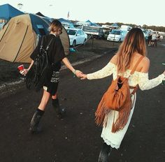Festival buddies