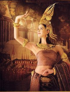 Traditional Thai dance costume--sukhothai period (??--1500's)--evidently, there is a hint of cambodian tradition seen in the outfit