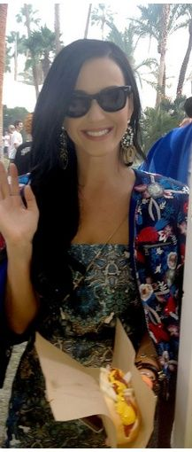 Who made Katy Perry's print jacket? Jacket – Alice + Olivia