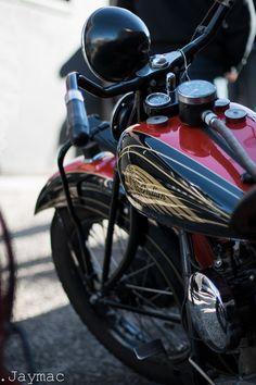 かっこいいインディアンバイクの画像!