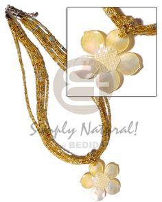 "Pretty Natural Beige Nacre Coquillage Fleur Collier Pendentif 18/"" Long"