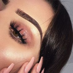 Always loved her brows