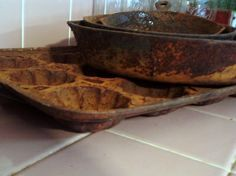 Removing Rust From Cast Iron ~ * THE COUNTRY CHIC COTTAGE (DIY, Home Decor, Crafts, Farmhouse)