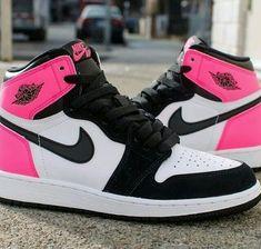 Dr Shoes, Cute Nike Shoes, Swag Shoes, Cute Nikes, Cute Sneakers, Nike Air Shoes, Hype Shoes, Nike Air Jordans, Pink Jordans