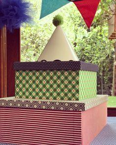 Os itens que compõem os boxes da Festejo são super originais e reutilizáveis!      As caixas da Festejo são feitas em madeira e tecido e podem servir de apoio por exemplo para docinhos e bolos na hora de decorar a mesa!     E quando a Festinha acabar... Que tal usá-las como organizadores em algum cantinho da casa?     #NaFestejoCadaFestaÉÚnica!  Saiba mais em nosso site! . . #CaixasPersonalizadas #DesignerParty #FestinhasComSignificado #FestejoInBox #ComemoreComAFestejo #FestejeComAFestejo…