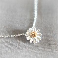 Tiny Silver Daisy Necklace
