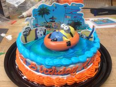 Dispicable me 2 kit on a single layer cake