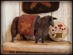 Primitive Handmades Mercantile: Teresas Primitive Treasures Primitive Sheep, Primitive Folk Art, Primitive Crafts, Punch Needle Patterns, Primitive Gatherings, Sheep And Lamb, Hand Hooked Rugs, Primitive Furniture, Wool Applique