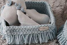 Exklusiv massgefertigte Körbchen fürs Babyzimmer, aus eigener Manufaktur, made in Switzerland Merino Wool Blanket, Design, Dog Accessories, Basket, Home Decor Accessories, Deco, Presents