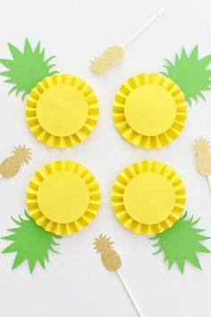 Easy Summer Crafts Ideas for Kids 61 uncategorized Summer Crafts For Kids, Kids Crafts, Diy And Crafts, Paper Crafts, Paper Rosettes, Paper Flowers, Fruit Crafts, Fruit Birthday, Fruit Party