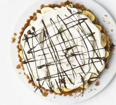 Make our banoffee pie recipe. This easy banoffee pie recipe uses carnation caramel for a quick and easy banoffee pie that is an easy dessert recipe Bbc Good Food Recipes, Pie Recipes, Dessert Recipes, Popular Recipes, Caramel Recipes, Dessert Ideas, Drink Recipes, Sweet Recipes, Yummy Recipes