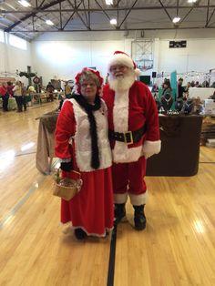 Mr. & Mrs. Santa Claus, WSE's 2015 Holiday Farmers Market
