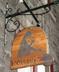 """Shop Sign, Verrerie """"La Mailloche"""" Canada."""