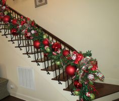 Christmas Decoration- Christmas Staircase in Peppermint Twist Theme.  http://www.showmedecorating.com