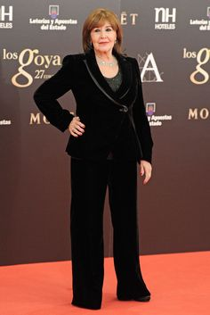 Concha Velasco Premios Goya. Armani Velasco, Glamour, Formal, My Love, Carrera, Blog, Outfits, Style, Fashion