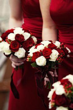 Bouquets demoiselles d'honneur rouge et blanc