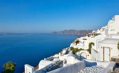 My top recommendations for best luxury hotel in Santorini. The Best Hotel of all places to stay in Santorini. Best Hotel in Santorini. Oia Greece Hotels, Best Hotels In Santorini, Santorini Island Greece, Hotels And Resorts, Santorini Accommodation, Santorini Travel, Luxury Accommodation, Best Boutique Hotels, Interiors