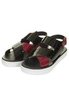 FONDANT Strap Sandals