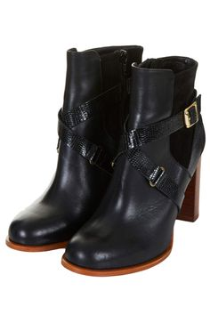 Photo 3 of AROMA Ankle Boots