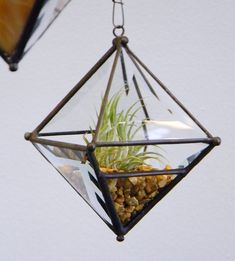 Pyramid Orb Air Plant Planter with Bevel Accent. by OriskanyGlass, $35.00