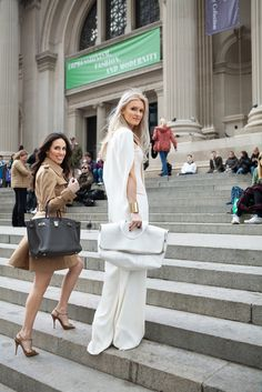 Stefania Allen in an Altuzarra jacket, Christian Louboutin shoes and a Hermés bag and Kate Davidson Hudson in an Esteban Cortazar jumpsuit, Christian Louboutin shoes and an Alexis Bittar bracelet. Looks Style, Style Me, Upper East Side, White Fashion, Preppy Fashion, Ivanka Trump, New York Fashion, Fashion Forward, Personal Style
