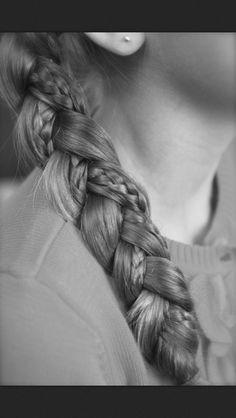 A simple braid-ception braid